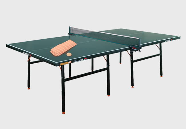 cleaning a ping pong table